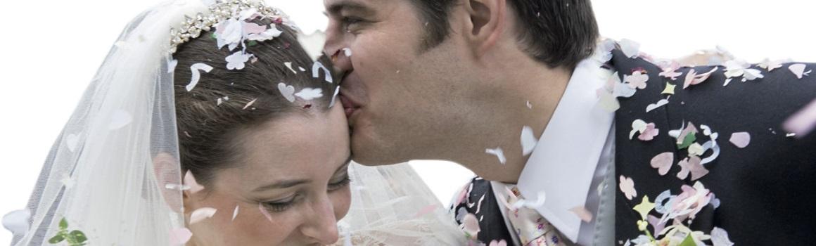 Brautpaar Eheringe von Juwelier Schillinger