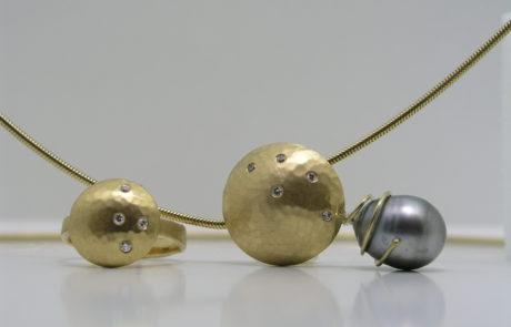 Goldschmuck von der Goldschmiede aus Umarbeitung Altgold