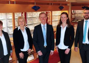 Kompetente Mitarbeiter von Juwelier Schillinger